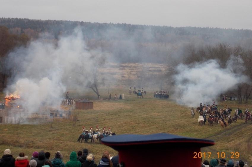 Годовщину победы в сражении 1812 года в Малоярославце отметили масштабной реконструкцией