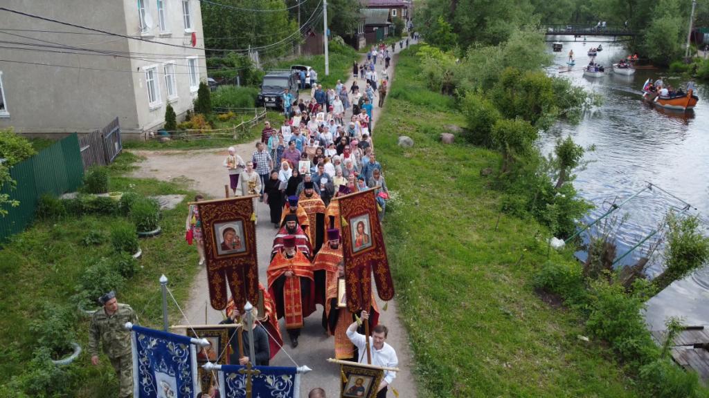 Крестный ход в шестое воскресенье по Пасхе