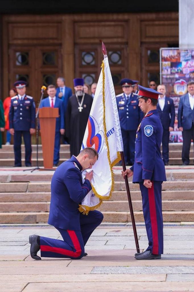 На Поклонной горе состоялась торжественная церемония вручения дипломов о высшем образовании выпускникам Первого казачьего университета